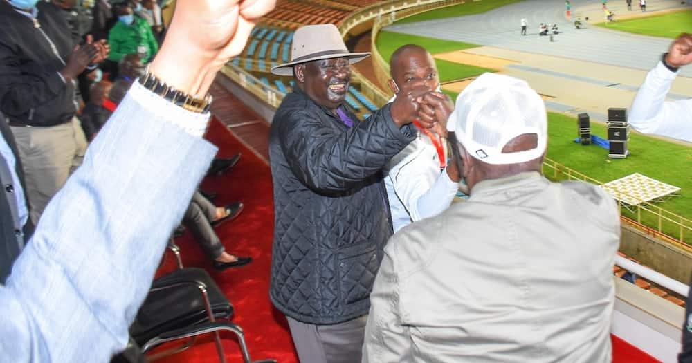 Harambee Stars na Comoros wawapatanisha Raila na Ruto Kasarani
