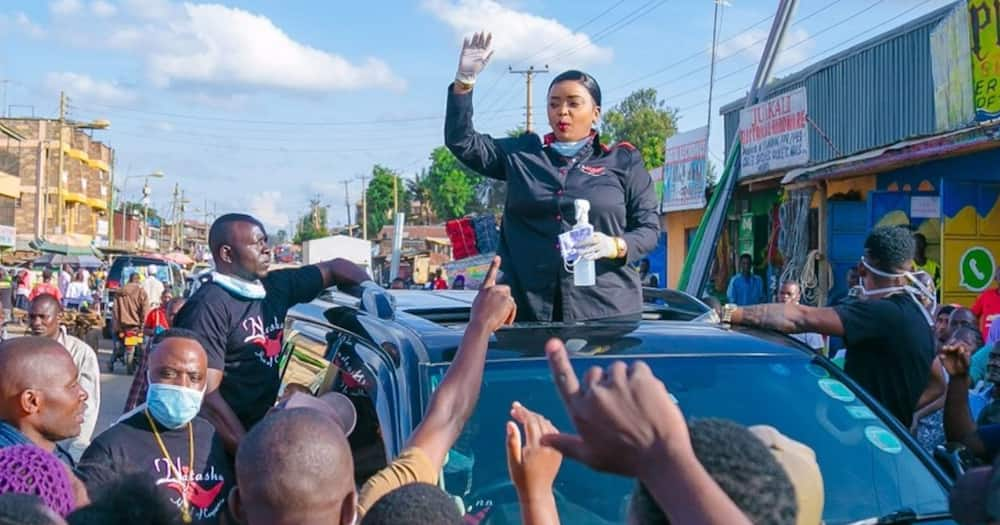 Lucy Natasha charms Kawangware traders with KSh 500k financial boost during preaching