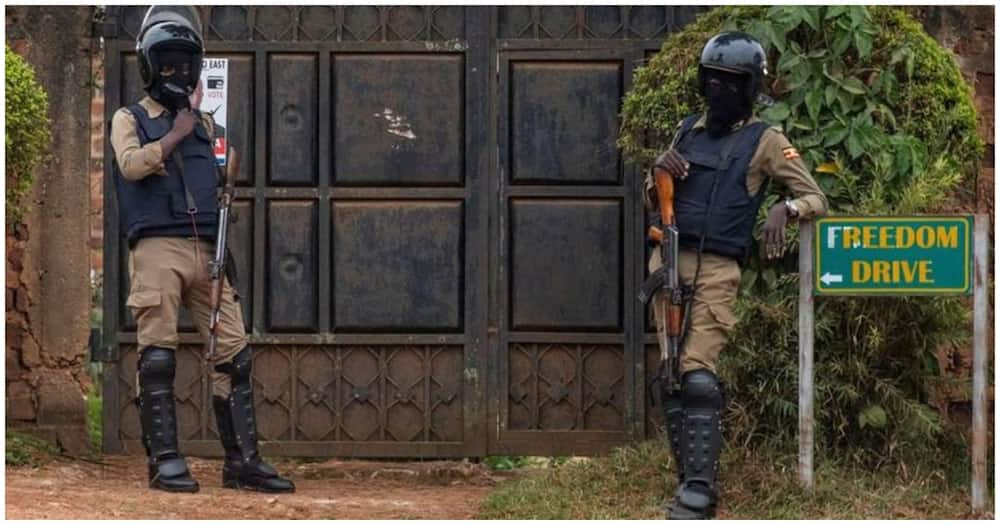 Security forces are seen at the house of Presidential candidate Robert Kyagulanyi, also known as Bobi Wine. Photo: Bobi Wine