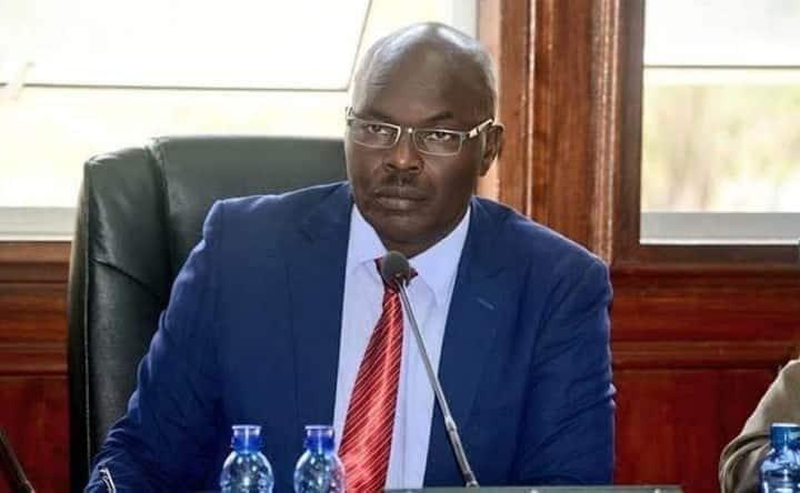Seneta wa Bomet Christopher Langat azionja pingu za DCI