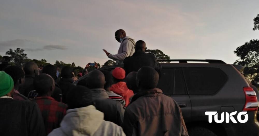 Nandi: Youth block Senator Gideon Moi from visiting Talai elders, demand cash