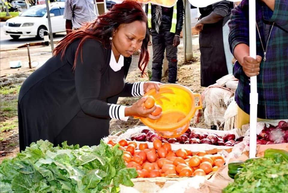 Nyanya tatu 100 bob: Senator Omanga tickles netizens after decrying high tomato prices