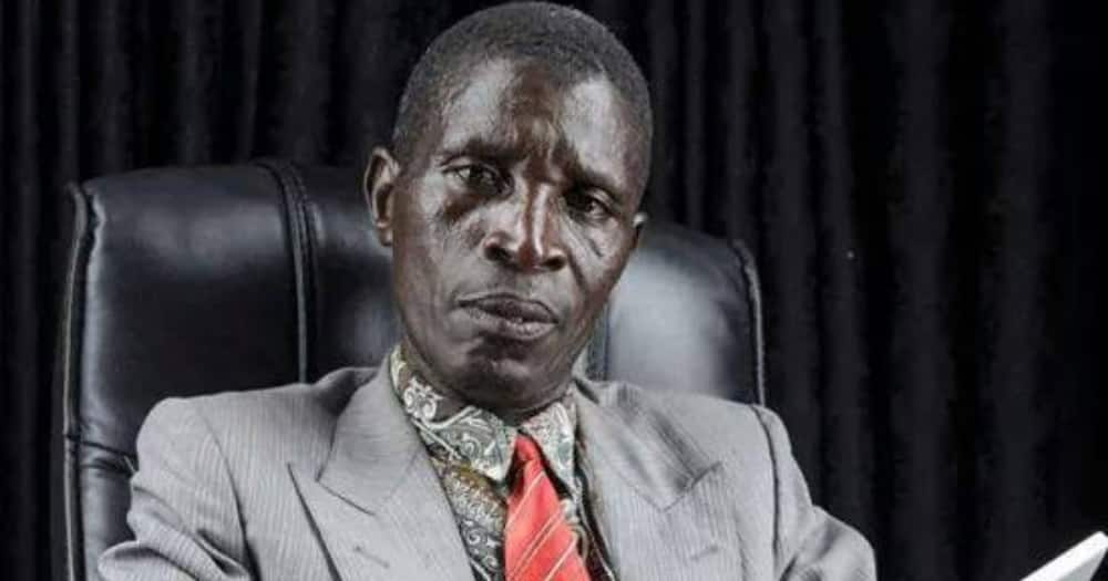 Zambian presidential candidate goes viral after his phone rings, answers it during live TV interview