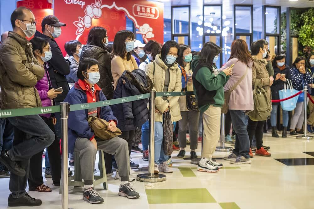 Coronavirus: Russia shuts its borders to all Chinese nationals