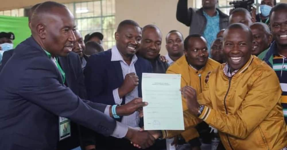 John Wanjiku of UDA (right) defeated Jubilee's Kariri Njama.