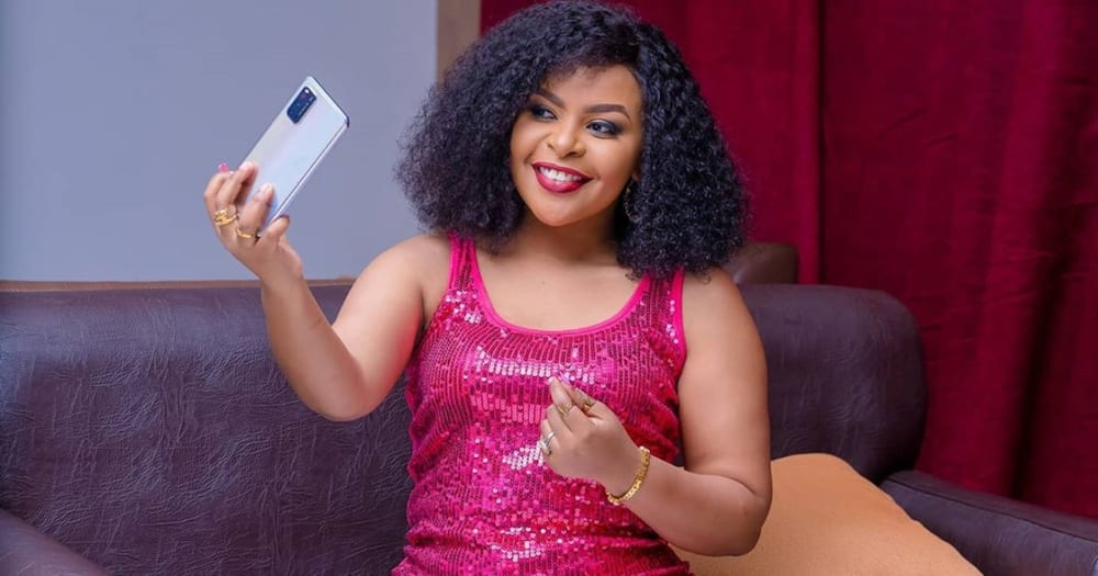 Size 8 Thrills Fans with New Stunning After Stepping out Rocking Short Hair