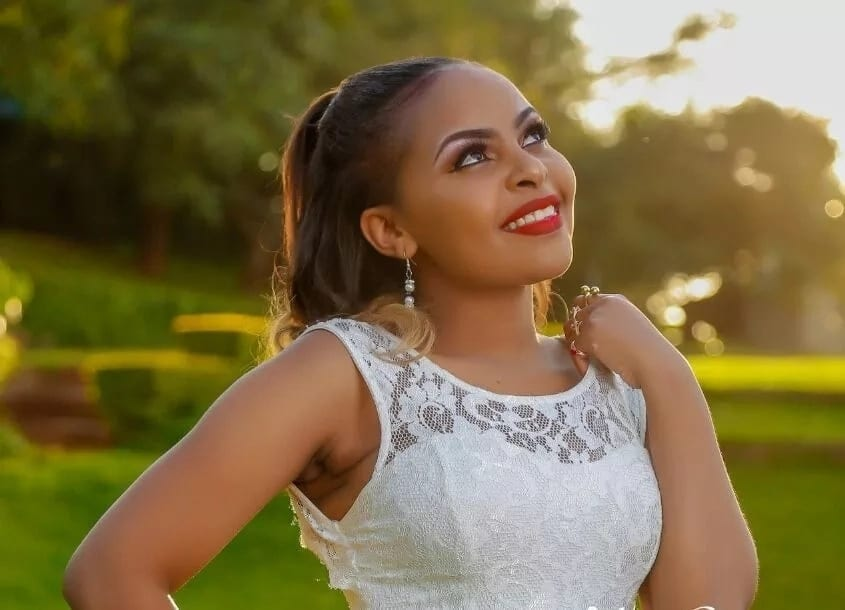 Size 8 shows off the bungalow hubby DJ Mo is building parents in the village