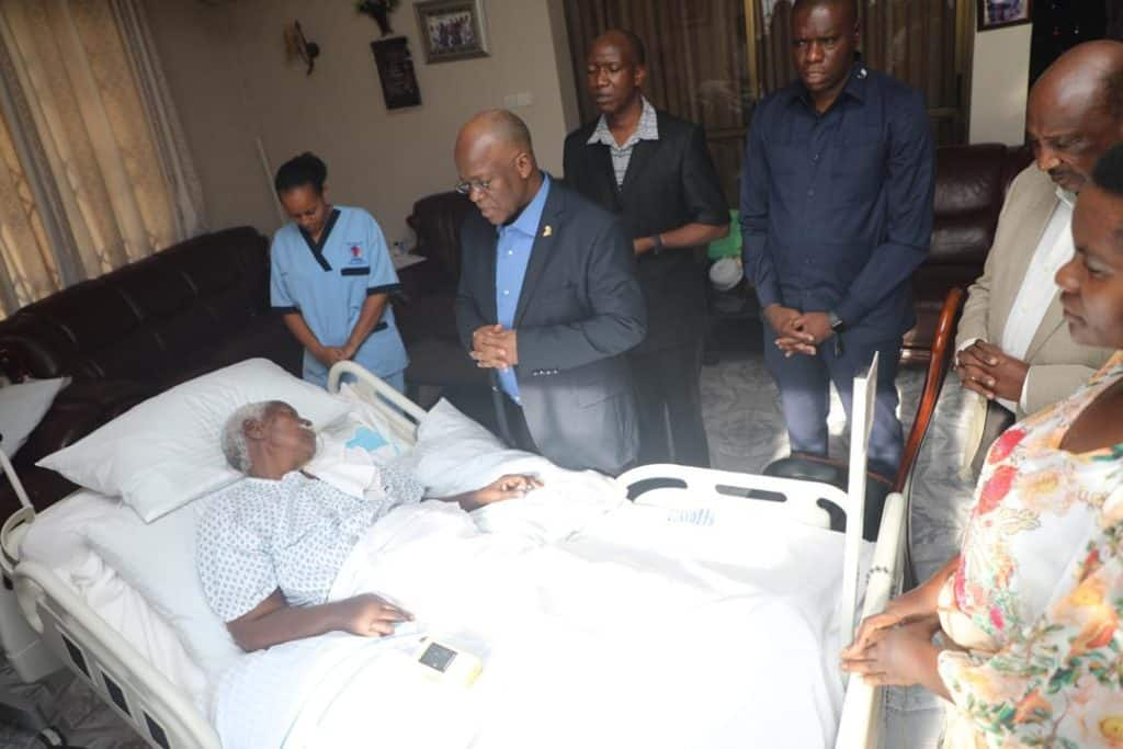 Tanzania President prays by bedside of hospitalised mum
