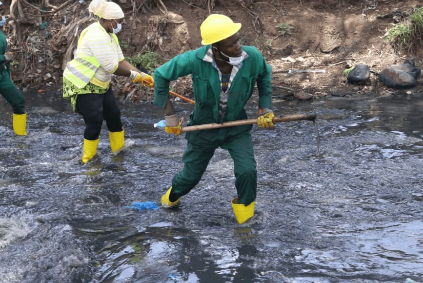 2 more bodies retrieved from Nairobi River, number of casualties hit 21 since clean up began