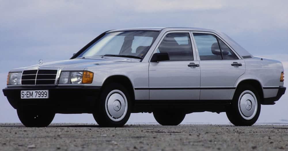 Uhuru Kenyatta drove Margaret in vintage car he owned as student