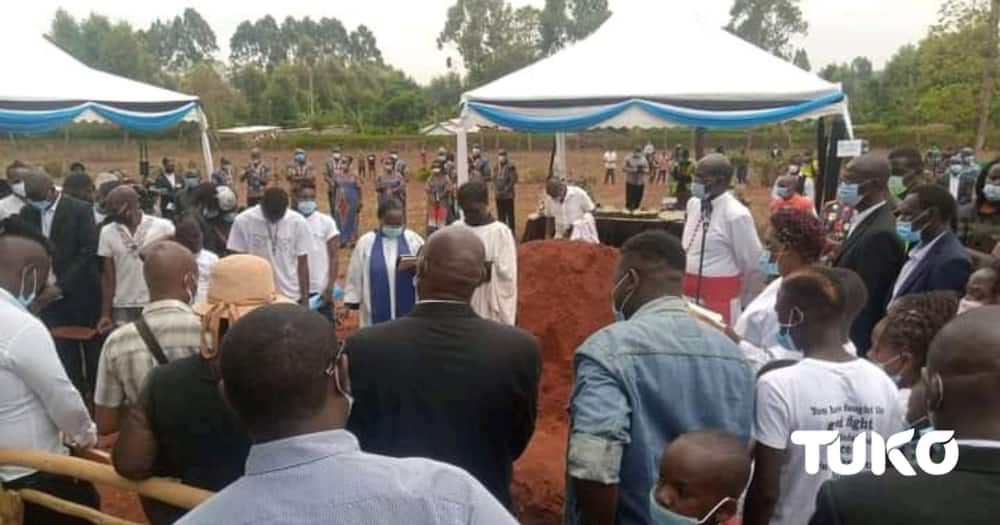 Photos: Robin Njogu Buried Next to Mother who Died 2 Days Before Him