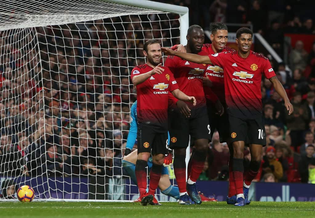 Much improved Manchester United silence Fulham 4-1 at Old Trafford