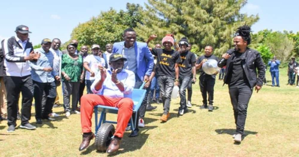 Mfahamu mtu aliyevumbua wilbaro inayoimbwa na 'hustlers' wa DP Ruto