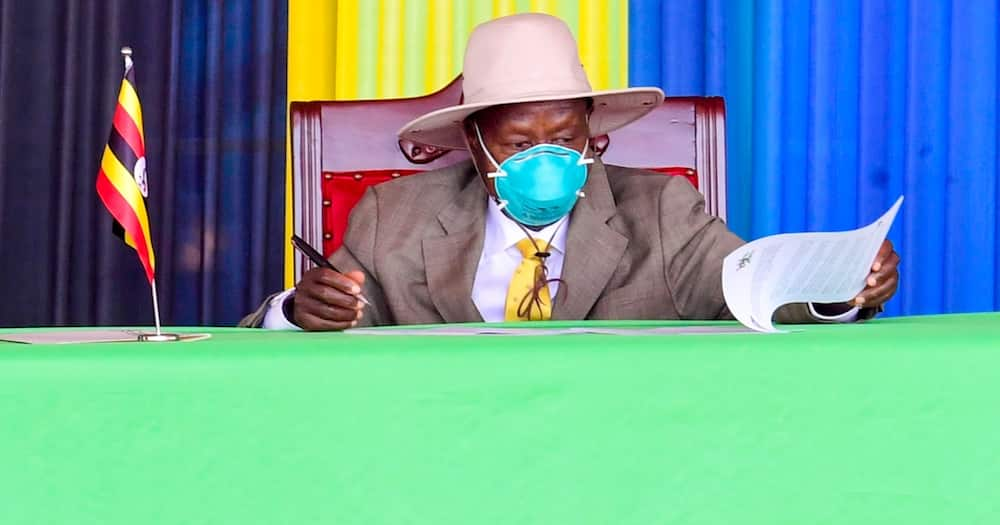 Yoweri Museveni discloses he wore very strong mask during trip to Tanzania