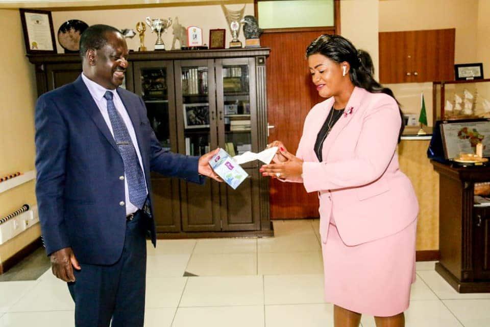 Moses Kuria afichua siri ya ndoa ya Cate Waruguru, adai alitemwa na mumewe