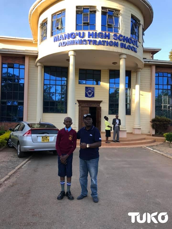 Former Kaimbu Governor William Kabogo sponsors needy student to Mang'u High School