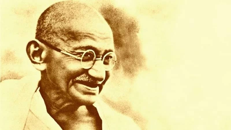 Mahatma Gandhi quotes keep your thoughts positive Best quotes by Mahatma Gandhi Mahatma Gandhi on Christianity quotes Leadership quotes Mahatma Gandhi Motivational quotes for students Quotes about life