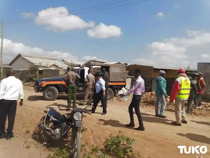 Two officers injured as police shoot dead one thug, recover a gun in Kayole