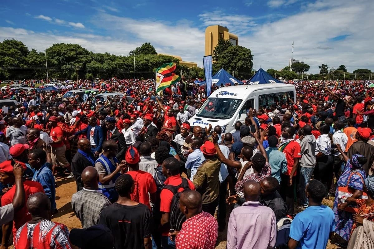 16 emotional pictures from the funeral of fiery Zimbabwe opposition leader and Raila's buddy