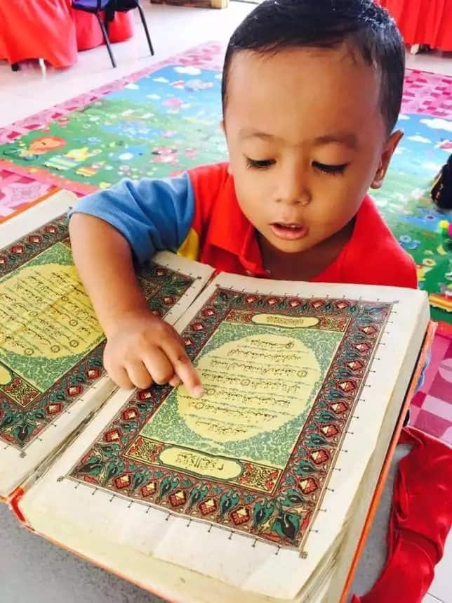 His videos have gone viral online. Photo: Facebook/Wieyna Syazwina