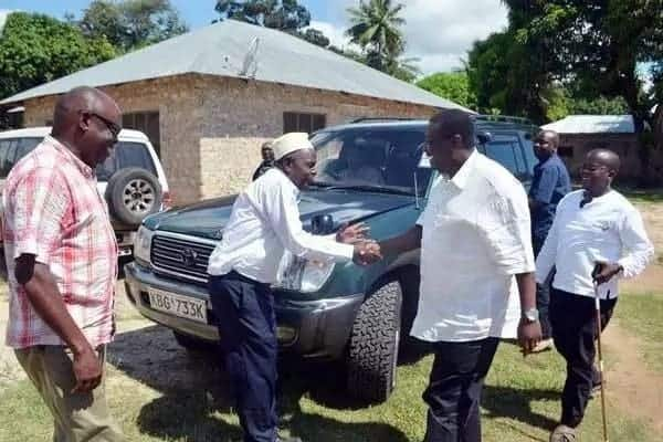 Siku 'ushamba' wa Jomo Kenyatta ulipomfanya achekwe