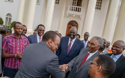 President Uhuru Kenyatta visits the late William Ole Ntimama's wife (photos)