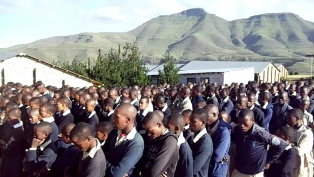Polisi wakamata wanafunzi 10 wa shule ya msingi wakishiriki ngono Kayole