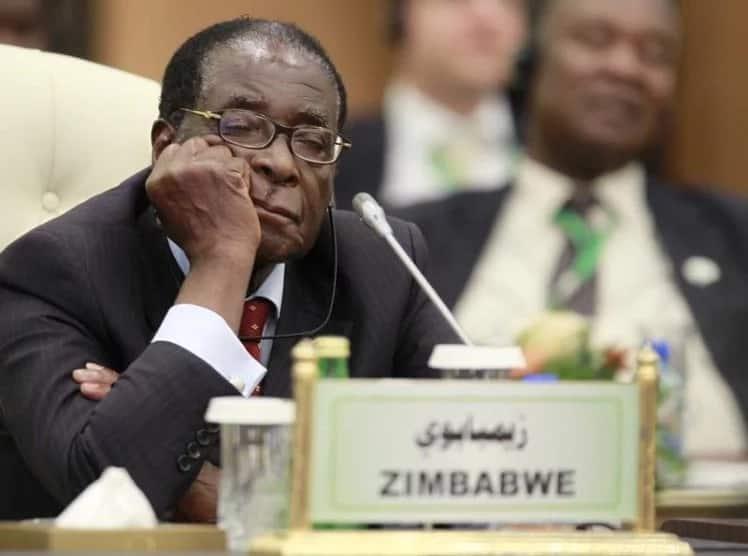 Rais wa Zimbabwe Robert Mugabe aondolewa uongozini, nchi ikiwa chini ya naibu wa rais aliyefutwa kazi