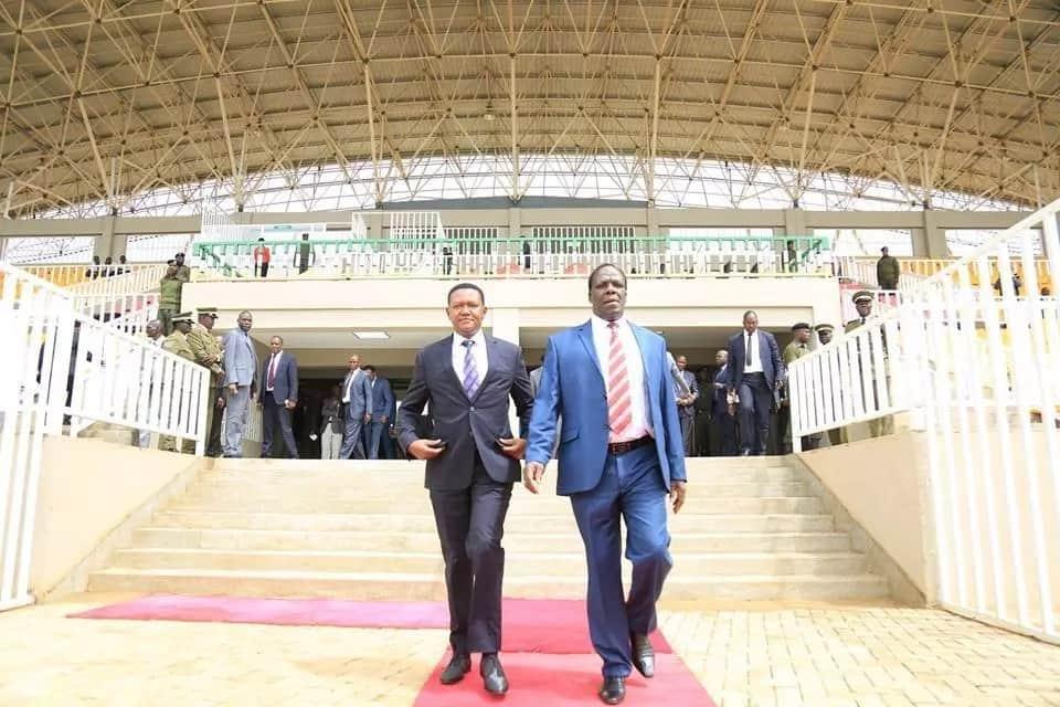 Gavana Alfred Mutua achekelewa katika ziara yake Kakamega