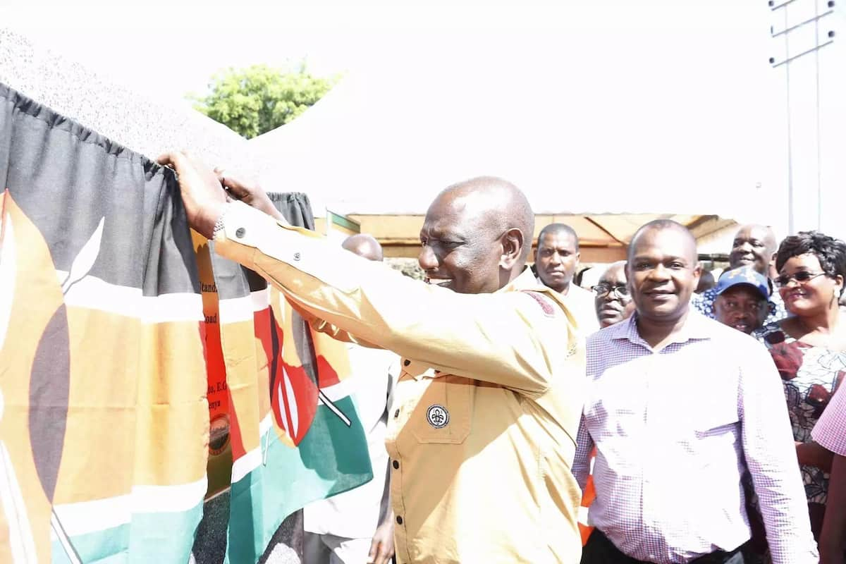 Mombasa NASA MPs join Ruto in launching roads, vow to back Jubilee's Big Four agenda