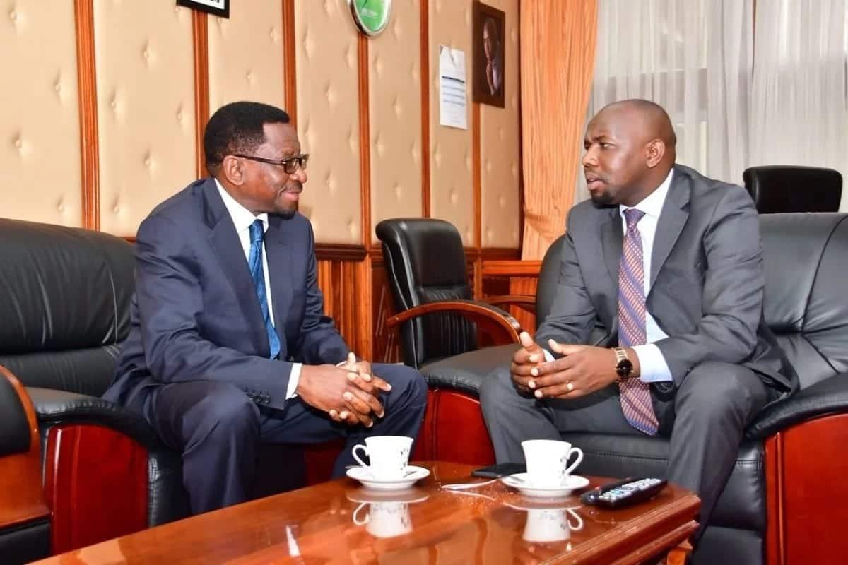 Orengo, Murkomen share tea weeks after the Siaya senator called him foolish