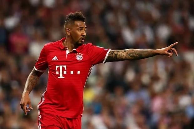 Manchester City to battle Manchester United for Jerome Boateng's signature this summer
