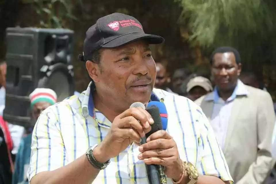 Kiambu Governor Waititu forced to flee from angry crowd after closing bars