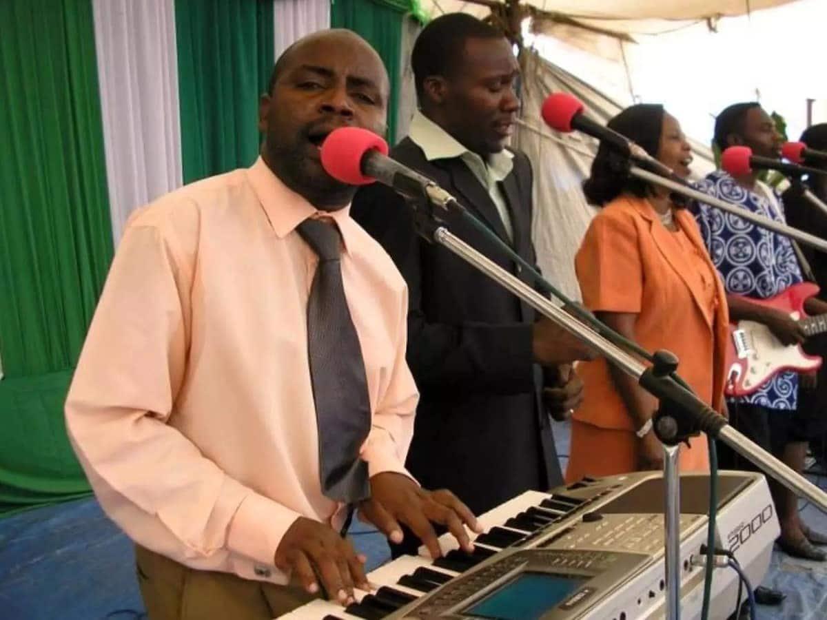 Songs by Fanuel Sedekia Fanuel Sedekia hit songs Fanuel Sedekia songs latest