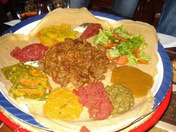5 steps to make a delicious Ethiopian injeera at home