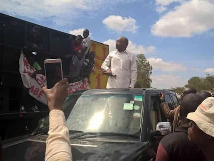 Makwere aacha kazi NONO aliyopewa na Rais Uhuru, ajiunga na Raila