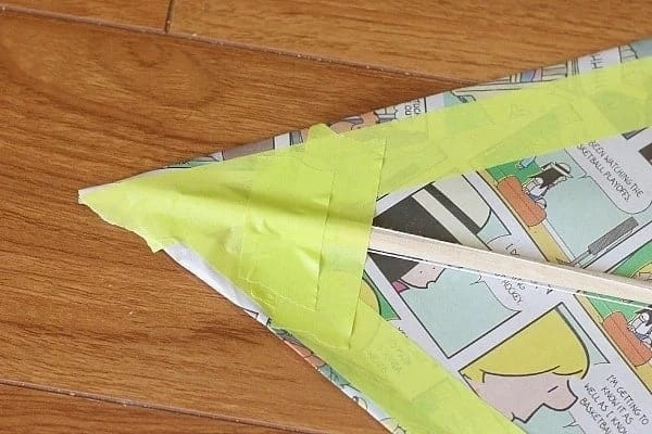 how to make a kite, guide to making a kite, simple kite making guide