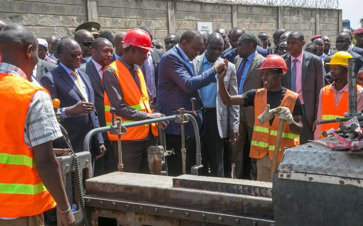 Uhuru azindua mradi wa KSh 2.7 milioni ambazo zitagharamia urekebishaji wa barabara hizi