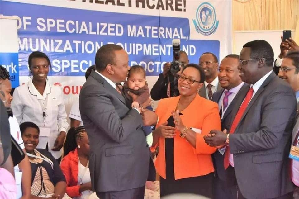 Uhuru steals the show at immunisation launch with his undeniable chemistry with babies