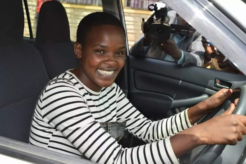 Jubilee MPs reward Kalenjin singer with a brand new car after campaign song