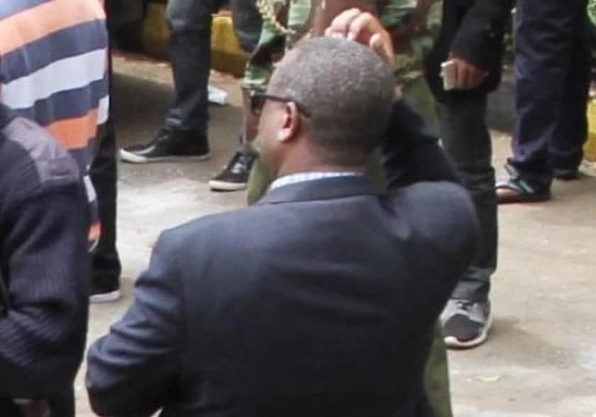 Uchungu wa mwana: Mzazi katika Shule ya Wasichana ya Moi amvamia kamanda wa polisi Nairobi (Picha)