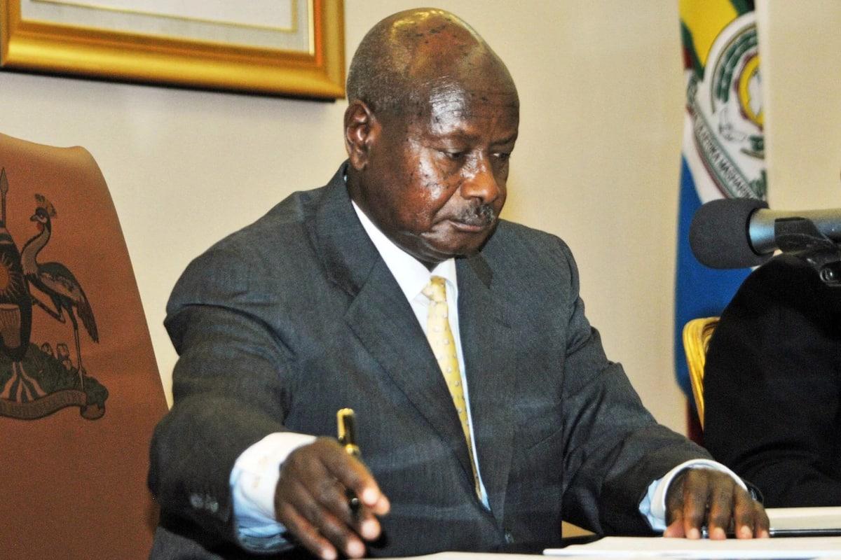 Yoweri Museveni to send home Kenyan supermarkets