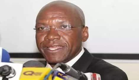 Boni Khalwale reaction to Uhuru drowning a glass of Senator Keg Photo: Daily Nation.