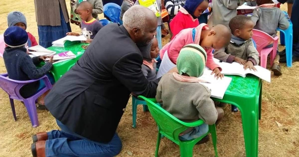 Makueni governor wins Kenyans' hearts with rare humility show during book donation to ECD pupils