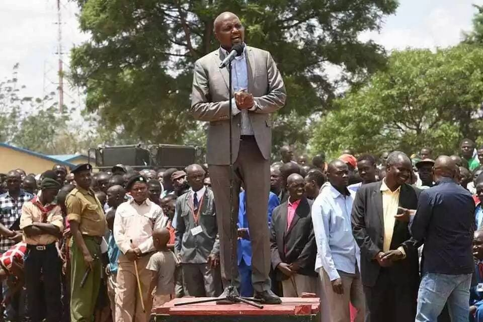 Moses Kuria asks charcoal and sand traders to pick guns from his office before going to Kitui
