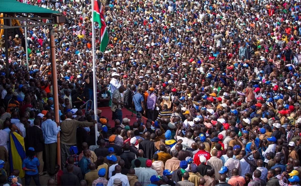 Tumfunze Uhuru adabu-Raila awaagiza wafuasi wake