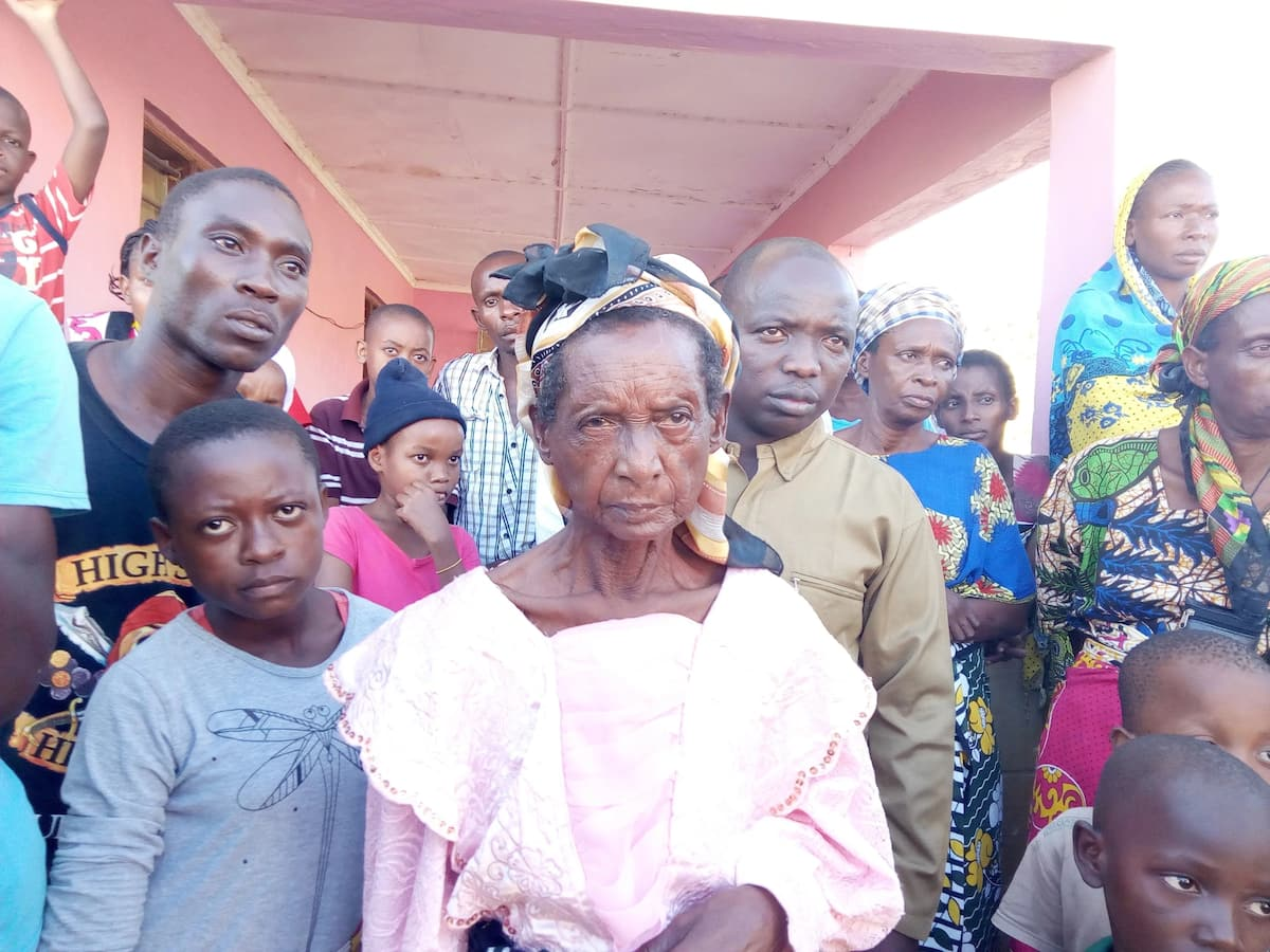 Family returns dead body to mortuary minutes before burial