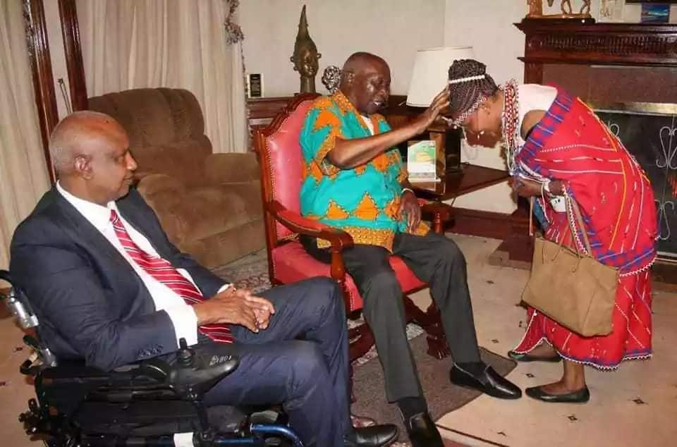 Retired president Moi meets students from Moi Girls' a month after aborted meeting with Ruto