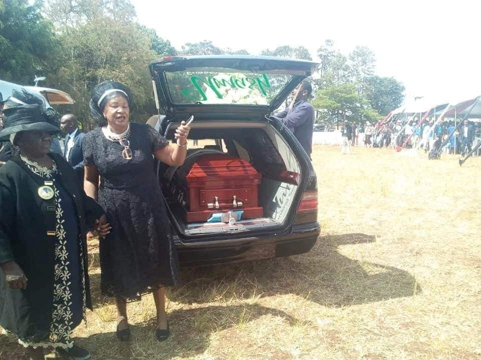 Uhuru, DP Ruto and Raila join mourners at funeral of veteran musician Joseph Kamaru