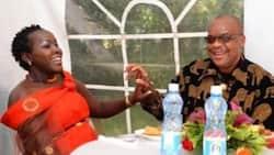 Emmy Kosgei na mumewe watihibitisha kwamba mapenzi yao yangali moto wa kuotea mbali (picha)